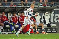 Sebastian Rode (Bayern) kommt für Philipp Lahm (Bayern) - Eintracht Frankfurt vs. FC Bayern München, Commerzbank Arena