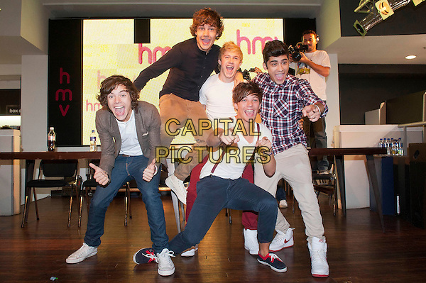 One Direction Funny Group Pictures One Direction meet fan...