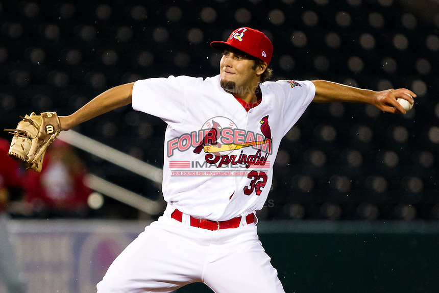 Nick Greenwood (32) of the Springfield Cardinals throws a pitch during a game against the Frisco RoughRiders on April 14, 2011 at Hammons Field in Springfield, Missouri.  Photo By David Welker/Four Seam Images.