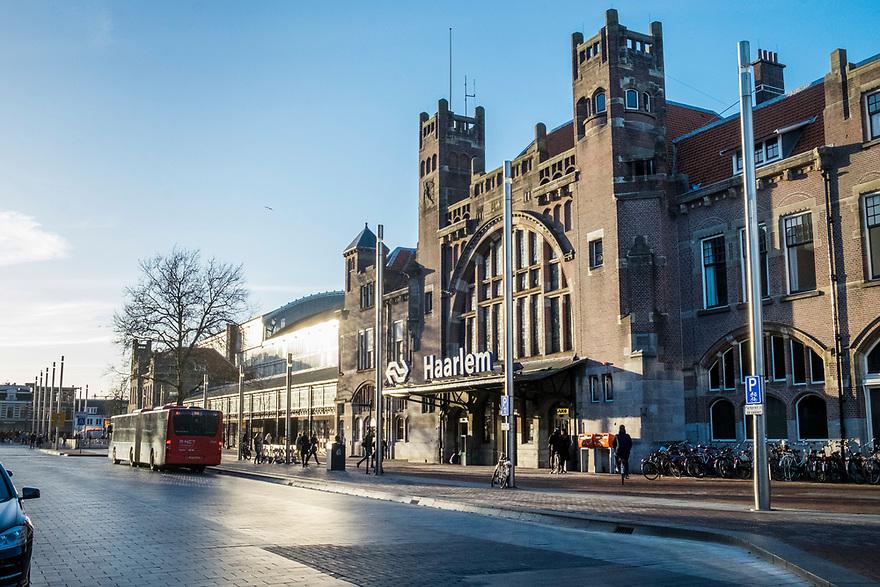 Nederland, Haarlem, 20170321<br /> NS Station Haarlem.<br /> <br /> Foto: (c) Michiel Wijnbergh