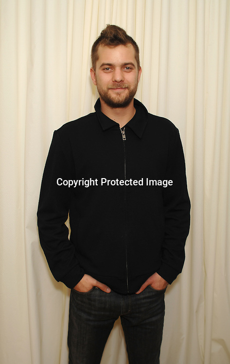 """Joshua Jackson ..At The The Matthew Shepard Foundation Presents ..An Evening Honoring """"The Laramie Project"""" on    December 1, 2006 at Town Hall in New York...Robin Platzer, Twin Images"""