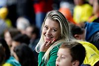 CURITIBA,PR, - 08.07.2017 – BRASIL-França -Torcida da seleção brasileira de vôlei, durante partida contra o França , jogo válido pela final da liga mundial de vôlei no estádio Arena da Baixada, em Curitiba neste sábado (08). (Foto: Paulo Lisboa/Brazil Photo Press)
