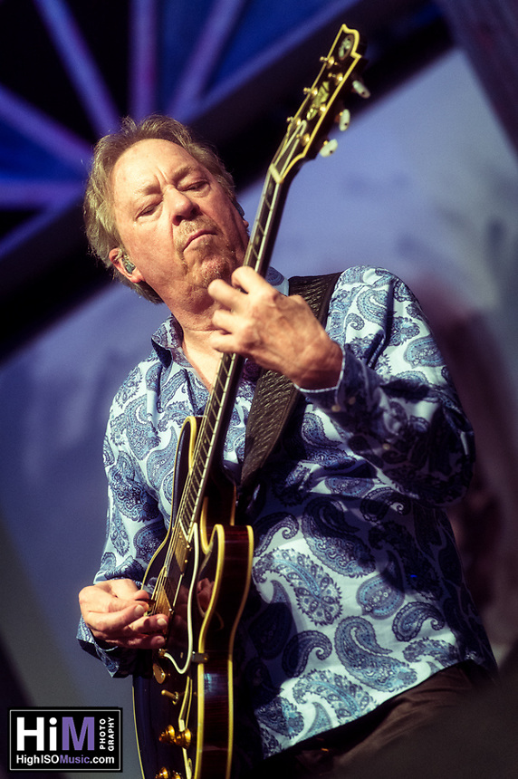 Boz Scaggs performing to a beyond standing room only crowd on Day 2 of the 2014 New Orleans Jazz and Heritage Festival.
