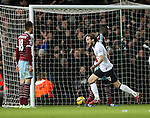 Manchester United's Daley Blind celebrates scoring his sides equaliser<br /> <br /> Barclays Premier League- West Ham United vs Manchester United  - Upton Park - England - 8th February 2015 - Picture David Klein/Sportimage
