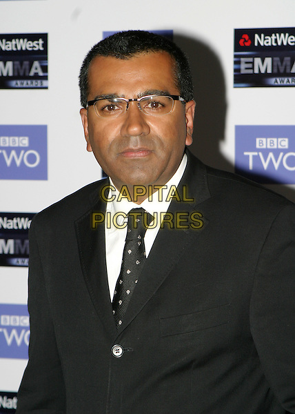 MARTIN BASHIR.2004 Emma Awards, Grosvenor House Hotel, London.May 24th, 2004.headshot, portrait, glasses.www.capitalpictures.com.sales@capitalpictures.com.© Capital Pictures.