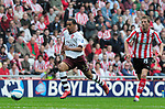 Arsenal's Theo Walcott races through to slot home his goal. during the Premier League match at the Stadium of Light, Sunderland. Picture date 21st May 2008. Picture credit should read: Richard Lee/Sportimage