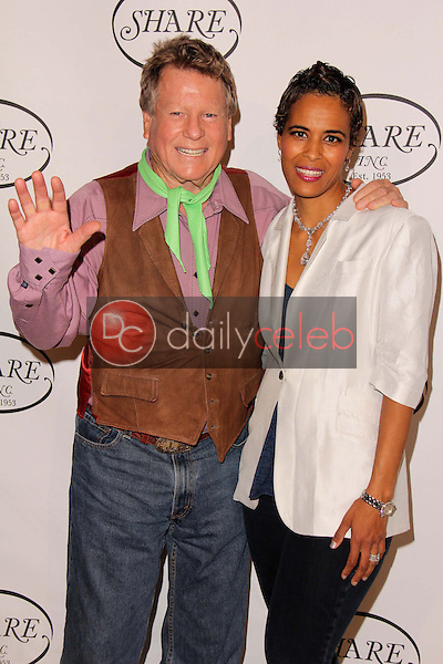 Daphne Wayans, Ryan O'Neal<br />