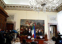Il segretario generale della Nato Jens Stoltenberg ed il Presidente del Consiglio Matteo Renzi, a destra, durante la conferenza stampa congiunta a Palazzo Chigi, Roma, 26 febbraio 2015.<br /> NATO's secretary general Jens Stoltenberg and Italian Premier Matteo Renzi, right, attend a joint press conference at Chigi Palace, Rome, 26 February 2015.<br /> UPDATE IMAGES PRESS/Isabella Bonotto