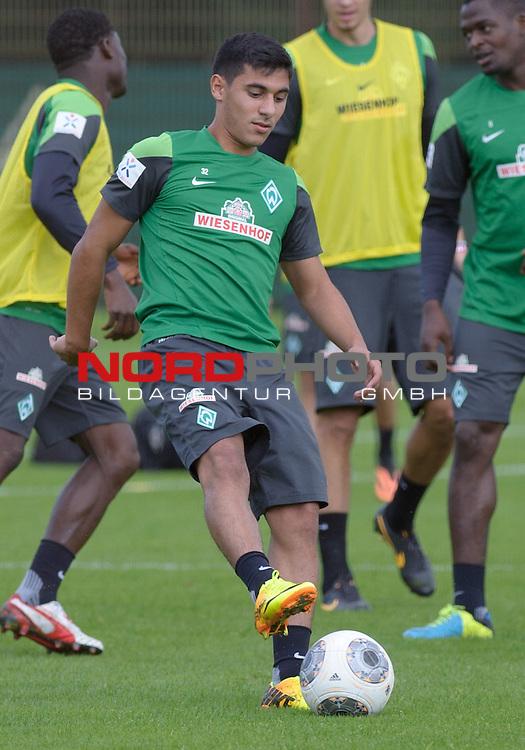 27.08.2013, Trainingsgelaende, Bremen, GER, 1.FBL, Training Werder Bremen, im Bild &Ouml;zkan / Oezkan Yildirim (Bremen #32)<br /> <br /> Foto &copy; nph / Frisch