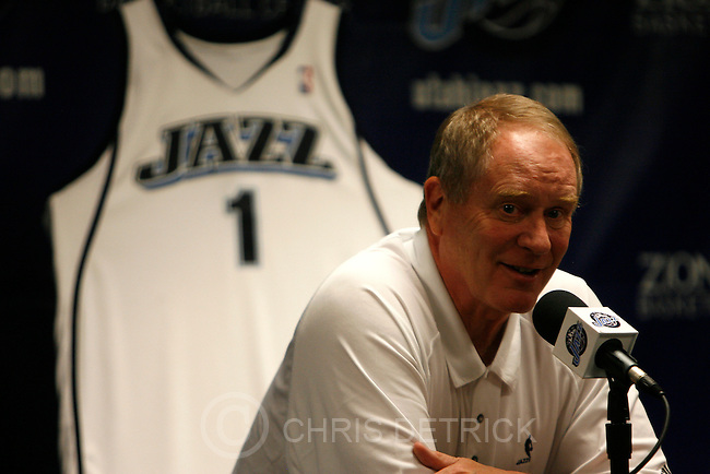 Salt Lake City, UT --6/26/08--.Jazz general manager Kevin O'Connor talks to the press during the NBA draft at the Jazz practice facility. ..*************************...Photo by Chris Detrick/The Salt Lake Tribune.frame #_2CD4222.