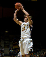 Ricky Kreklow of California shoots the ball during the game against Pepperdine at Haas Pavilion in Berkeley, California on November 13th, 2012.  California defeated Pepperdine, 79-62.