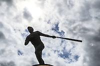Hoy se cumple otro año mas de fallecido  mejor bat mexicano de todos los tiempos , el beisbolista Hector Espino(6 de junio de 1939 - 7 de septiembre de 1997), quien cambie fuera llamado  Superman De Chihuahua. En la imagen su estatua en los alrededores de estadio Sonora, dicha figura de menta ha sido víctima de actos bandolinos para vender sus piezas como fierro viejo. <br /> <br /> FotoLuisGutierrez/NortePhoto