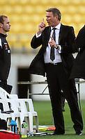 Phoenix coach Ricki Herbert (right) gestures to team sports analyst Wayne O'Sullivan during the A-League match between Wellington Phoenix and Newcastle Jets at Westpac Stadium, Wellington, New Zealand on Sunday, 4 January 2009. Photo: Dave Lintott / lintottphoto.co.nz