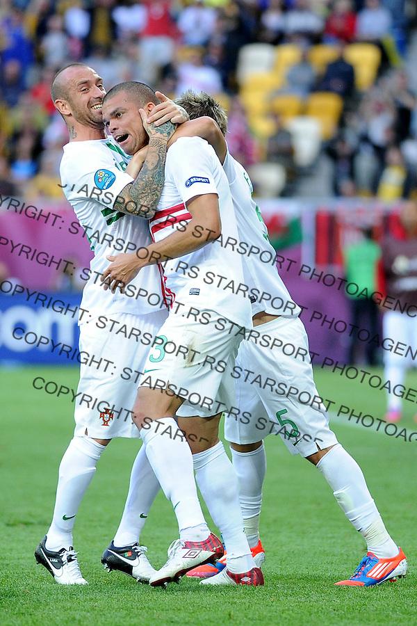 13.06.2012 LWOW - STADION ARENA LWOW ( LVIV UKRAINE STADIUM ARENA LVIV ) PILKA NOZNA ( FOOTBALL ) MISTRZOSTWA EUROPY W PILCE NOZNEJ UEFA EURO 2012 ( EUROPEAN CHAMPIONSHIPS UEFA EURO 2012 ) GRUPA B ( POOL B ) MECZ DANIA - PORTUGALIA ( GAME DENMARK - PORTUGAL ).NZ PEPE , RADOSC , BRAMKA GOL.FOTO MICHAL STANCZYK / CYFRASPORT/NEWSPIX.PL.---.Newspix.pl