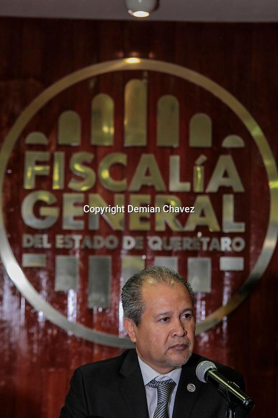 Querétaro, Qro. 28 de marzo de 2017.- El Fiscal General del estado, Alejandro Echeverría Cornejo, rindió su primer informe de actividades ante autoridades del estatales, municipales y legislativas de la entidad.