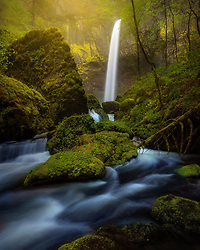 Elowah Falls after a heavy rain in Oregon's Columbia Gorge. <br />