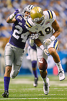 UCLA receiver Thomas Duarte (18) fails to catch a pass defended by Kansas State defensive back Nate Jackson (24) during Alamo Bowl, Friday, January 02, 2015 in San Antonio, Tex. UCLA leads Kansas State 31-6 at the halftime. (Mo Khursheed/TFV Media via AP Images)