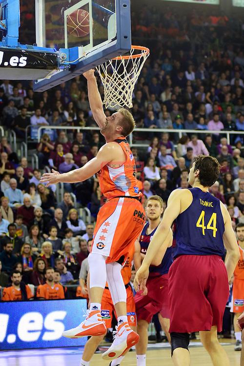 League ACB-ENDESA 2015/2016 - Game: 17.<br /> FC Barcelona Lassa vs Valencia Basket Club: 91-94.<br /> Justin Hamilton vs Ante Tomic.