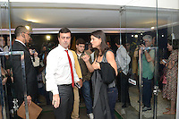 RIO DE JANEIR, RJ, 02 AGOSTO 2012 - ELECOES 2012 - DEBATE BAND - PREFEITURA DO RIO DE JANEIRO - O candidato do PSOL a prefeitura do Rio de Janeiro Marcelo Freixo chega para o debate na TV Band na sede da Band Rio em Botafogo no Rio de Janeiro, nesta quinta-feira, 02. (FOTO: MARCELO FONSECA / BRAZIL PHOTO PRESS).
