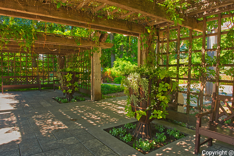 Pergoda in Leo Mol Gardens. Assiniboine Park<br />Winnipeg<br />Manitoba<br />Canada