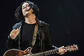 JACK WHITE; THE RACONTEURS (2011)