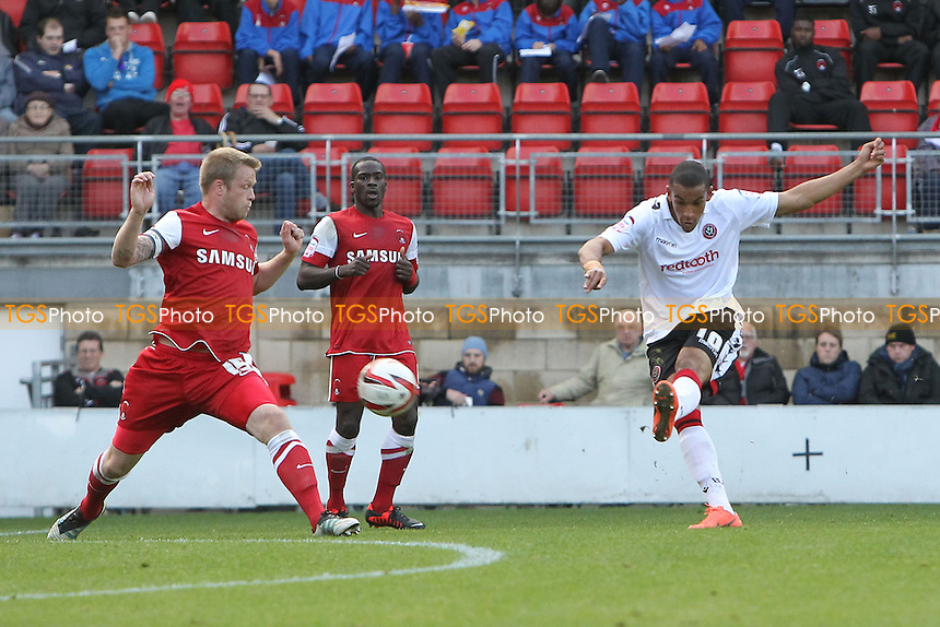 Nick Blackman of Sheffield United scores the first goal - Leyton Orient vs Sheffield United - NPower League One Football at the Matchroom Stadium, Brisbane Road, London - 06/10/12 - MANDATORY CREDIT: Gavin Ellis/TGSPHOTO - Self billing applies where appropriate - 0845 094 6026 - contact@tgsphoto.co.uk - NO UNPAID USE.