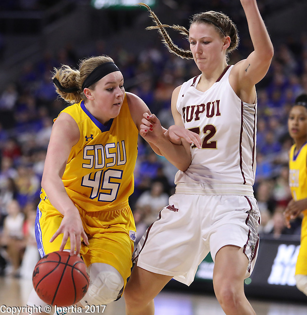 SIOUX FALLS, SD: MARCH 6: Ellie Thompson #45 of South Dakota State drives toward Jenna Gunn #32 of IUPUI during the Summit League Basketball Championship on March 6, 2017 at the Denny Sanford Premier Center in Sioux Falls, SD. (Photo by Dick Carlson/Inertia)