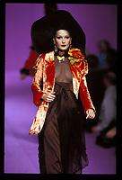 CARLA BRUNI<br /> Christian Lacroix, spring-summer 1993<br /> Paris<br /> Credit : Tordoir/DALLE