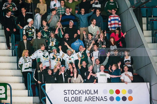 Stockholm 2014-01-18 Ishockey SHL AIK - F&auml;rjestads BK :  <br /> F&auml;rjestad supportrar p&aring; plats p&aring; Hovet under matchen<br /> (Foto: Kenta J&ouml;nsson) Nyckelord:  supporter fans publik supporters jubel gl&auml;dje lycka glad happy