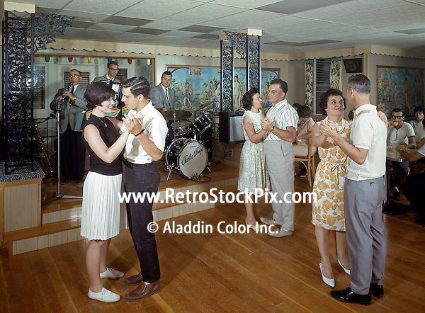 Villa Leona Resort, Catskill, NY. Couples dancing & a band playing