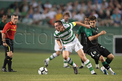 21 JUL 2010:  Celtic's Scott Brown (8). Celtic and Sporting Clube de Portugal were scoreless at halftime in an international friendly match, part of the Fenway Football Challenge, at Fenway Park in Boston, Massachusetts on July 21, 2010.
