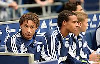 FUSSBALL   1. BUNDESLIGA   SAISON 2013/2014   8. SPIELTAG FC Schalke 04 - FC Augsburg                                05.10.2013 Jermaine Jones (FC Schalke 04) sitzt zu Beginn des Spiels auf der Ersatzbank
