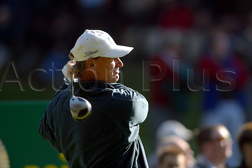 October 17, 2003: Side on view of South African golfer ERNIE ELS (RSA) watching his drive after hitting a wood from the 3rd Tee during the second round of the HSBC World Matchplay Championship at Wentworth,Els beat Tim Clark by 2 holes. Photo: Glyn Kirk/action plus...match play golf 031017 player matchplay