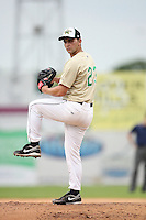 June 24, 2009: Tyler Chatwood of the Cedar Rapids Kernels at the 2009 Midwest League All Star Game at Alliant Energy Field in Clinton, IA.  Photo by: Chris Proctor/Four Seam Images