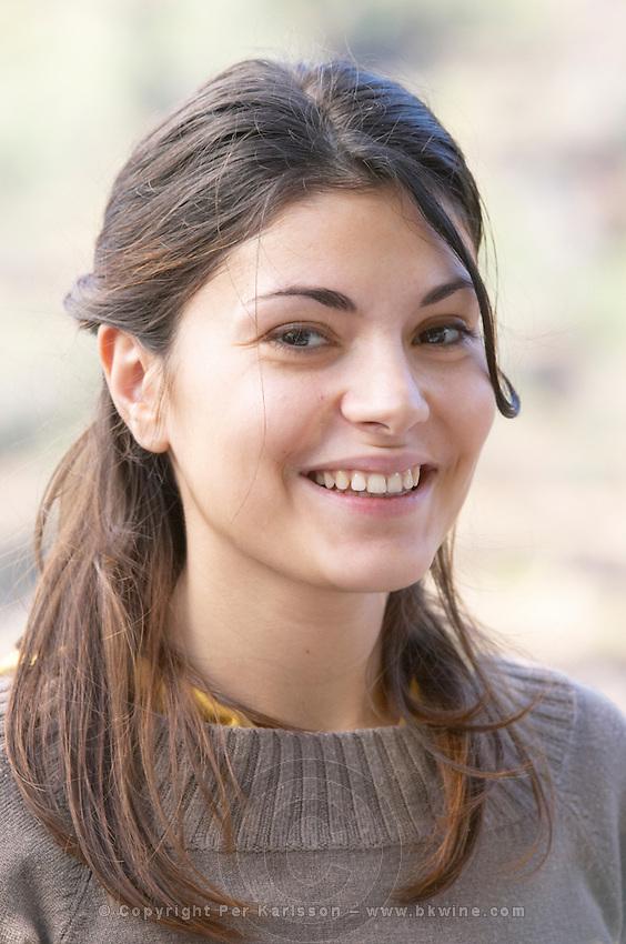 young woman quinta de la rosa douro portugal
