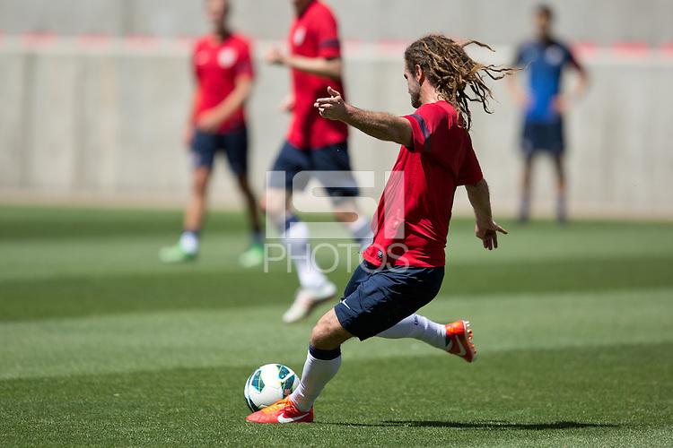 Salt Lake City, UT - Monday, June 17, 2013: USMNT training for Honduras WC qualifying match.