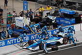 Ed Jones, Chip Ganassi Racing Honda, pit stop