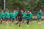 30.06.2020, Trainingsgelaende am wohninvest WESERSTADION,, Bremen, GER, 1.FBL, Werder Bremen Training, im Bild<br /> <br /> <br /> Aufwaermtraining am Dienstag nachmittag auf Platz 4 / 5<br /> <br /> Günther / Guenther Stoxreiter (Athletik-Trainer Werder Bremen)<br /> Leonardo Bittencourt  (Werder Bremen #10)<br /> Kevin Vogt (Werder Bremen  #03)<br /> Simon Straudi (Werder Bremen #26)<br /> Benjamin Goller (Werder Bremen #39)<br /> Niclas Füllkrug / Fuellkrug (Werder Bremen #11)<br /> Davie Selke  (SV Werder Bremen #09)<br /> Claudio Pizarro (Werder Bremen #14)<br /> Milot Rashica (Werder Bremen #07)<br /> Davie Selke  (SV Werder Bremen #09)<br /> Yuya Osako (Werder Bremen #08)<br /> Foto © nordphoto / Kokenge