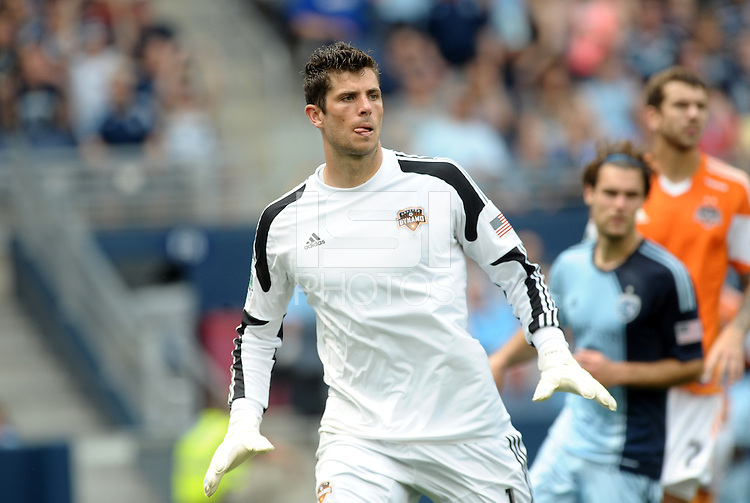Tally Hall (1) Goalkeeper Houston Dynamo..Sporting Kansas City and Houston Dynamo played to a 1-1 tie at Sporting Park, Kansas City, Kansas.