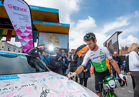 Picture by SWpix.com - 03/05/2018 - Cycling - 2018 Tour de Yorkshire - Stage 1: Beverley to Doncaster - Mark Cavendish signs Global Autocare car at race sign on