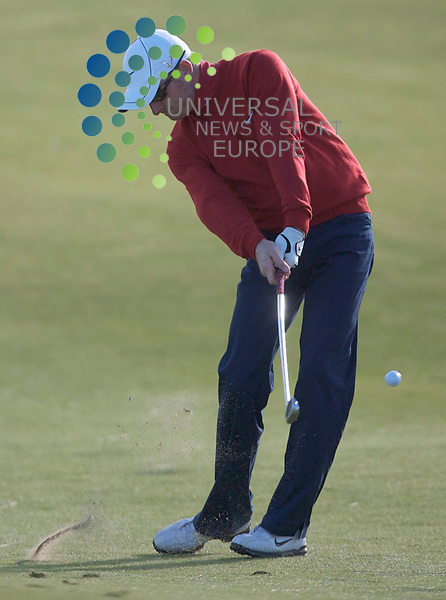 The Alfred Dunhill Golf Championship 2009 at The Old Course, St Andrews, Kingsbarns and Carnoustie.. . Simon Dyson   during the Gale-Force Delayed Third  Round of the Alfred Dunhill Golf Championship...Picture by Mark Davison/ Universal News & Sport