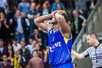 Armani MOORE (#4 EWE Baskets Oldenburg) \ beim Spiel, MHP RIESEN Ludwigsburg - EWE Baskets Oldenburg.<br /> <br /> Foto &copy; PIX-Sportfotos *** Foto ist honorarpflichtig! *** Auf Anfrage in hoeherer Qualitaet/Aufloesung. Belegexemplar erbeten. Veroeffentlichung ausschliesslich fuer journalistisch-publizistische Zwecke. For editorial use only.