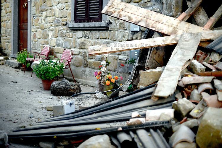Saletta, Rieti, 26 Agosto 2016.<br /> Edifici crollati a Saletta.<br /> In questa piccola città i residenti sono tredici  e durante l'estate è affollata dai turisti soprattutto da Roma, il terremoto ha ucciso ventidue persone.<br /> L'Italia è stata colpita da un potente, terremoto di 6,2 magnitudo nella notte del 24 agosto, 2016, che ha ucciso almeno 290 persone .<br /> Collapsed buildings  in Saletta, earthquake epicenter in central Italy was struck by a powerful, 6.2-magnitude earthquake in the night of August 24, 2016, Which has killed at least 290 people and devastated hundreds of houses.