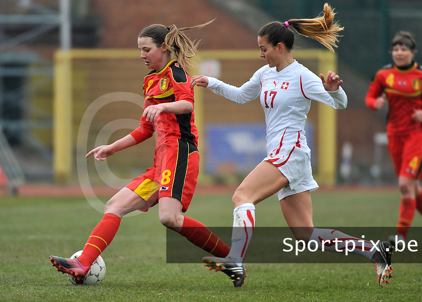 Belgium U19 - Switzerland U19 : Nicky Van den Abbeele on the ball before Swiss Alessa Castignetti (17).foto DAVID CATRY / Nikonpro.be