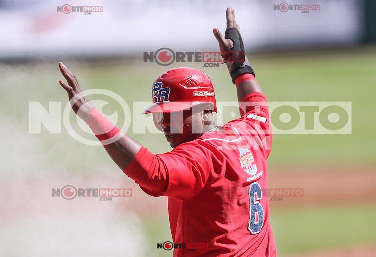 Ruben Gotay   de Puerto Rico celebra carrera en el Primer Inning, durante partido semifinal de la Serie del Caribe en el nuevo Estadio de  los Tomateros en Culiacan, Mexico, Lunes 6 Feb 2017. Foto: AP/Luis Gutierrez