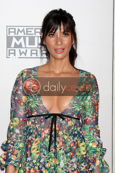 Olivia Munn<br /> at the 2016 American Music Awards, Microsoft Theater, Los Angeles, CA 11-20-16<br /> David Edwards/DailyCeleb.com 818-249-4998