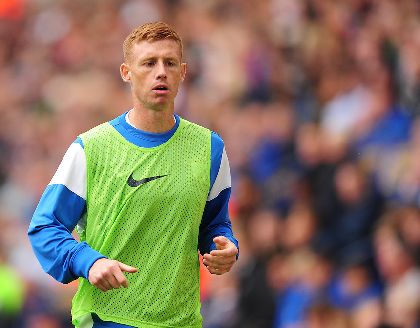Preston North End&rsquo;s Eoin Doyle warms up during the second half <br /> <br /> Photographer Chris Vaughan/CameraSport<br /> <br /> Football - The Football League Sky Bet Championship - Preston North End v Derby County - Saturday 12th September 2015 -  Deepdale - Preston<br /> <br /> &copy; CameraSport - 43 Linden Ave. Countesthorpe. Leicester. England. LE8 5PG - Tel: +44 (0) 116 277 4147 - admin@camerasport.com - www.camerasport.com