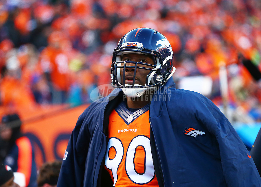 Jan 17, 2016; Denver, CO, USA; Denver Broncos defensive end Antonio Smith (90) against the Pittsburgh Steelers during the AFC Divisional round playoff game at Sports Authority Field at Mile High. Mandatory Credit: Mark J. Rebilas-USA TODAY Sports