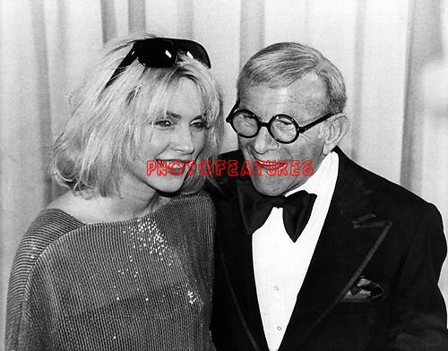 Blondie 1980 Debbie Harry and George Burns at the Grammys
