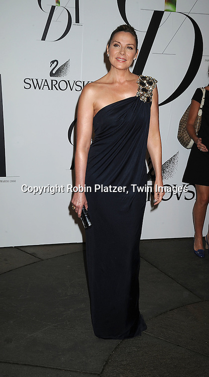Kim Cattrall.posing for photographers at The 2008 CFDA Fashion Awards on June 2, 2008 at The New York Public Library in .New York City. ..Robin Platzer, Twin Images
